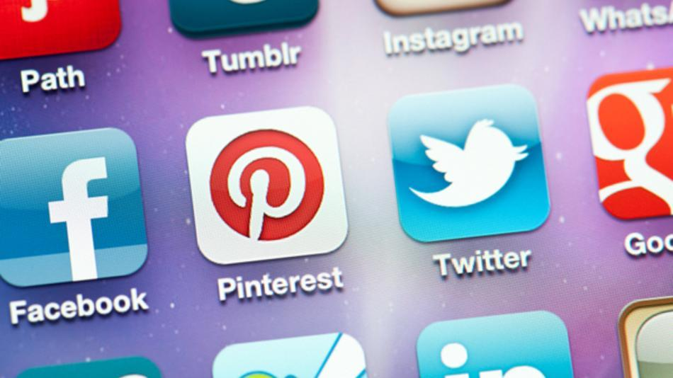 Is it Time to Scale Back on Social Media?